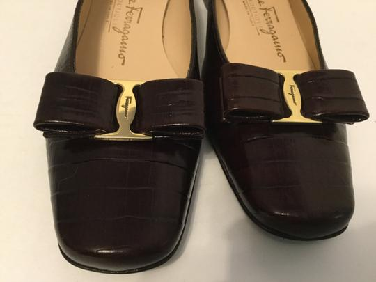 Salvatore Ferragamo Embossed Leather Made Italy Dark Brown Pumps
