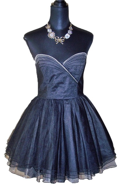 Preload https://img-static.tradesy.com/item/10509100/betsey-johnson-strapless-black-ballerina-mini-night-out-dress-size-4-s-0-1-650-650.jpg