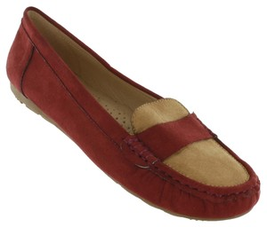 Red Circle Footwear Burgundy Flats