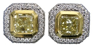 Kitaan KITAAN 1.94 ct tw Fancy Yellow Radiant Cut Diamonds Stud Earrings in 18 K Gold