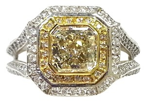 Kitaan Fancy Light Yellow 1.52 Carat Radient Cut Diamond Ring in 18 K White Gold