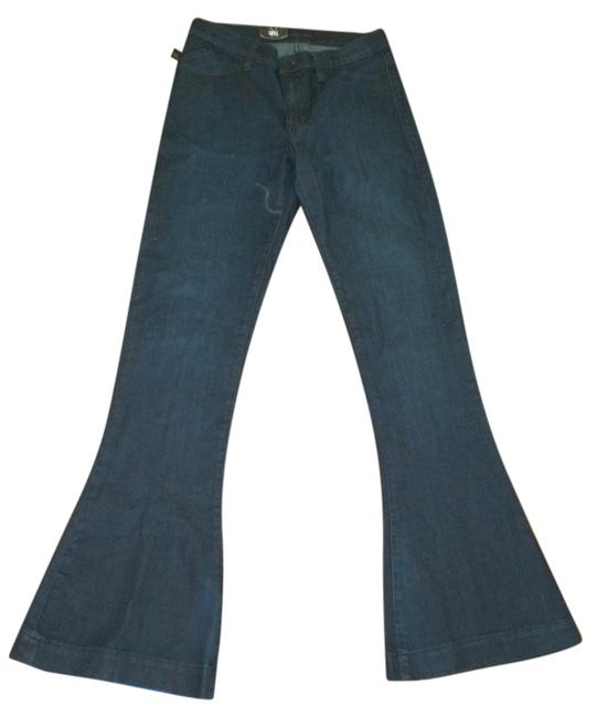 Preload https://item4.tradesy.com/images/rock-and-republic-flare-leg-jeans-10513978-0-1.jpg?width=400&height=650
