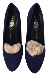 Rock & Republic Blue Pumps