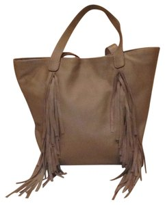 Vince Camuto Tote in Wild Mushroom