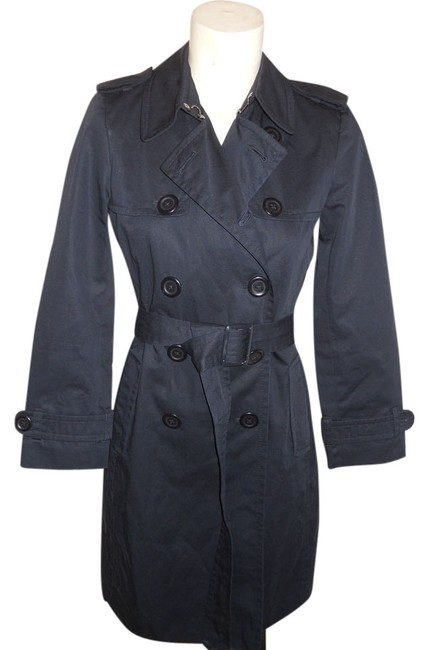 Preload https://img-static.tradesy.com/item/10518781/banana-republic-black-double-breasted-belted-trench-coat-size-petite-2-xs-0-1-650-650.jpg