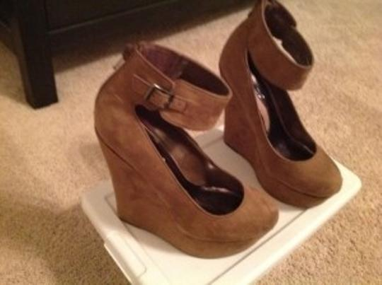 Love D Taupe Wedges