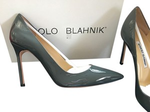 Manolo Blahnik Stiletto Heels grey Pumps