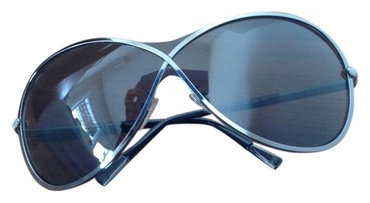 Preload https://img-static.tradesy.com/item/10521160/escada-blacksilver-ses-717-sunglasses-0-1-540-540.jpg