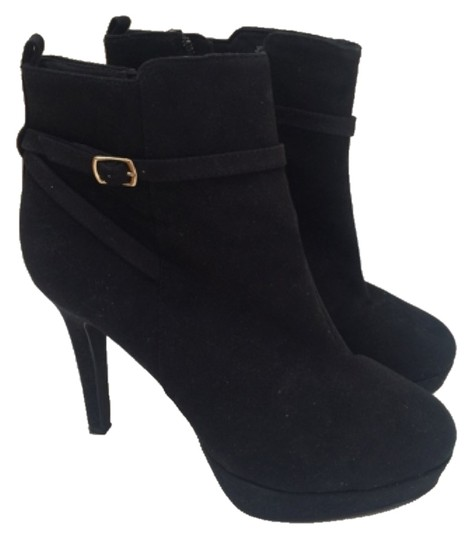 Preload https://item1.tradesy.com/images/h-and-m-bootsbooties-size-us-8-regular-m-b-10524010-0-1.jpg?width=440&height=440