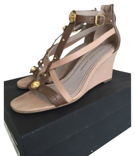 Preload https://item4.tradesy.com/images/marc-by-marc-jacobs-nude-resort-wedges-sandals-size-us-8-regular-m-b-10524928-0-1.jpg?width=440&height=440