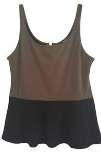 Express Top olive and black