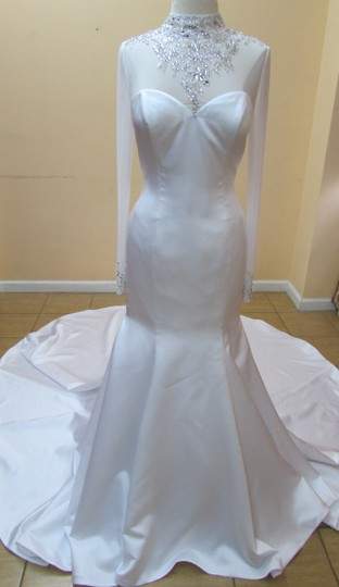 Alfred Angelo White/Silver Satin 2540 Modern Wedding Dress Size 10 (M)