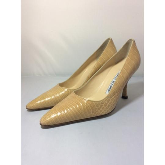 Manolo Blahnik Nude Pumps