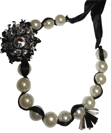 Preload https://item5.tradesy.com/images/black-white-new-faux-pearl-bib-ribbon-crystal-charms-j1825-necklace-10525909-0-1.jpg?width=440&height=440