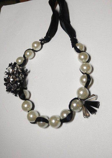 Other New Black White Faux Pearl Bib Necklace Ribbon Crystal Charms J1825