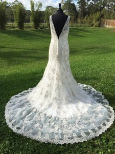 Allure Bridals Allure Couture C250 Wedding Dress