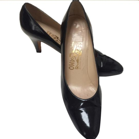 Preload https://item5.tradesy.com/images/salvatore-ferragamo-black-vintage-pattent-pumps-size-us-8-narrow-aa-n-10527604-0-1.jpg?width=440&height=440