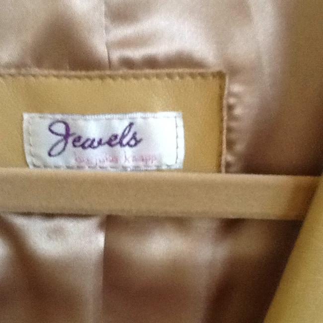 Jewels by Julie Knapp Carmel Blazer