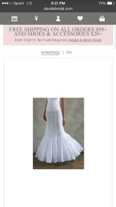 David's Bridal White Nylon Fit and Flare Slip Formal Wedding Dress Size 6 (S)