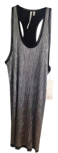 Item - Silver Above Knee Cocktail Dress Size 4 (S)