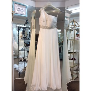 Pronovias Off White Chiffon Ulma Destination Wedding Dress Size 10 (M)