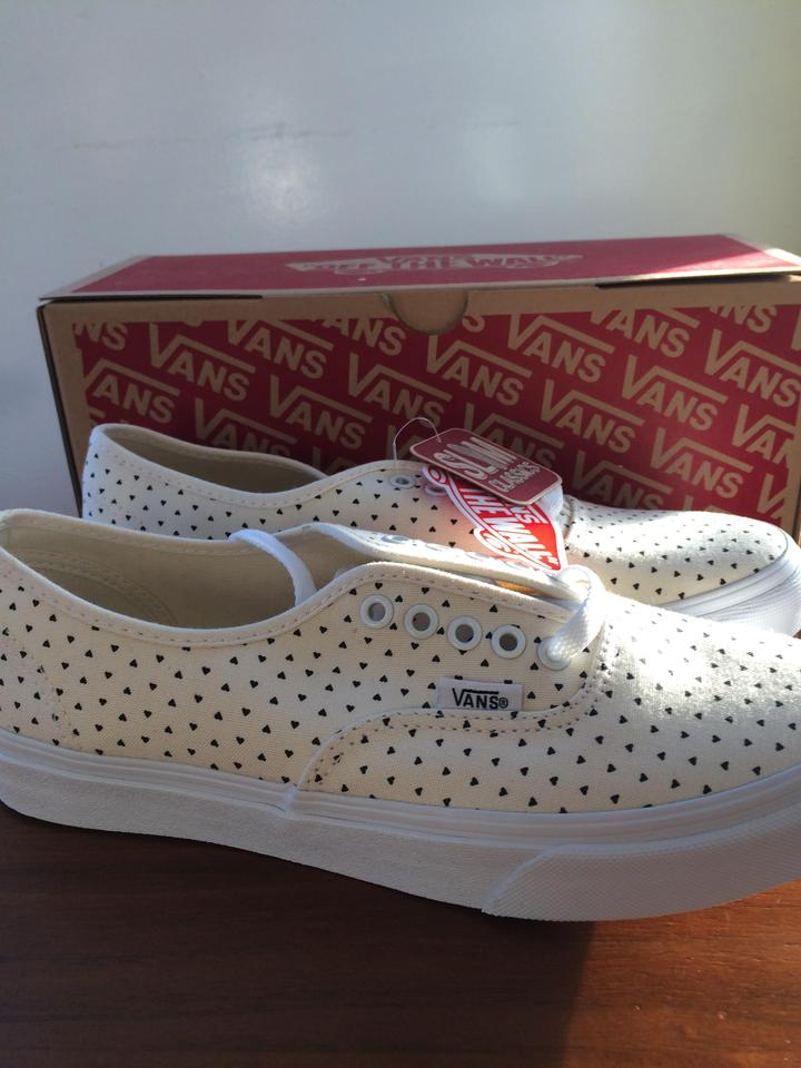 9ef06ed4956295 Vans White with Black Micro Hearts Classic Slim Sneakers Size US 8.5 -  Tradesy