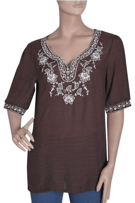 Preload https://img-static.tradesy.com/item/105351/brown-embroidered-blouse-with-floral-and-stars-design-collar-tunic-size-8-m-0-2-650-650.jpg