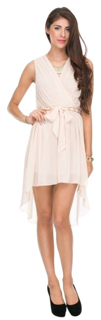 Item - Ivory Chained Belt Pleated Modern Goddess High-low Formal Dress Size 10 (M)