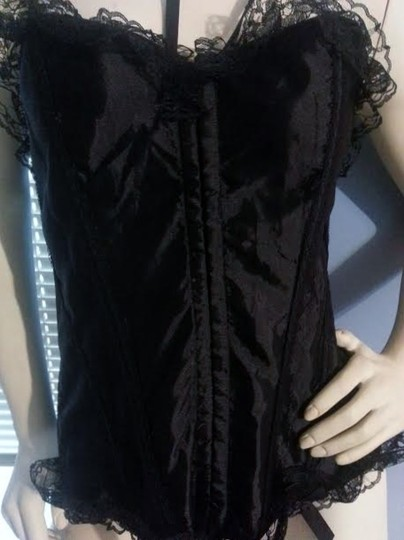 Other 3x black bustier Corset