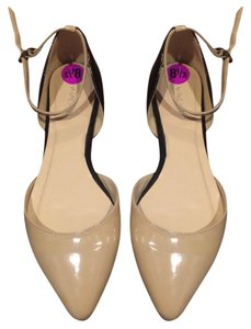 Nine West Black and nude Flats