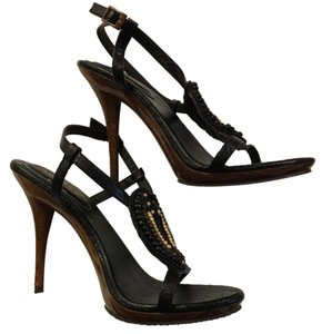 Anne Michelle Black beaded woodgrain heels Pumps
