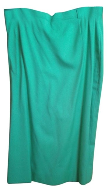 Preload https://img-static.tradesy.com/item/10542898/escada-green-knee-length-skirt-size-8-m-29-30-0-1-650-650.jpg