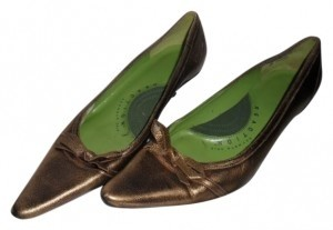 Kenneth Cole Reaction bronze Pumps