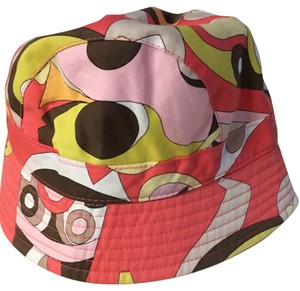 2423e44751b Emilio Pucci Hats - Up to 70% off at Tradesy