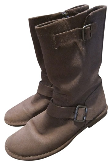 Preload https://item5.tradesy.com/images/hush-puppies-taupe-aydin-catelyn-suede-mid-calf-bootsbooties-size-us-7-regular-m-b-10546099-0-3.jpg?width=440&height=440