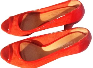 Aquatalia by Marvin K Red Pumps