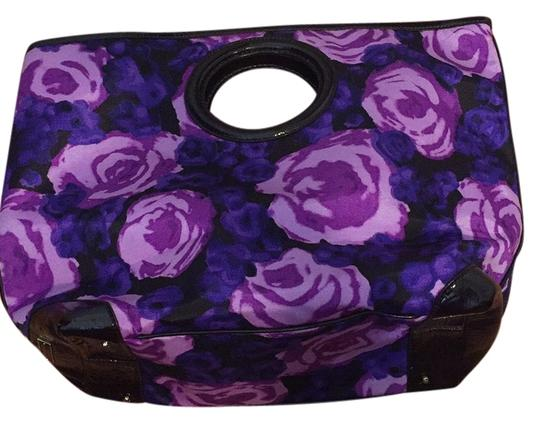 Preload https://item1.tradesy.com/images/kate-spade-floral-vinyl-and-patent-leather-trim-tote-10546720-0-1.jpg?width=440&height=440