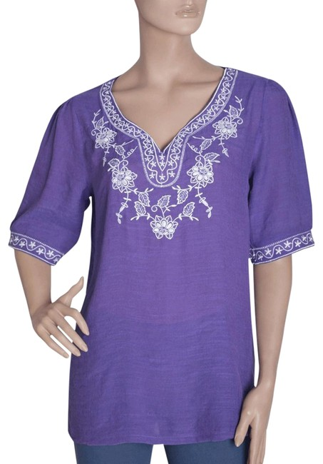 Preload https://item5.tradesy.com/images/purple-embroidered-tunic-with-floral-and-stars-design-collar-blouse-size-8-m-105469-0-2.jpg?width=400&height=650