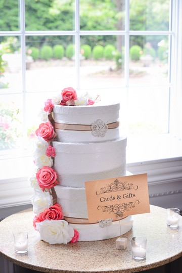 Preload https://item5.tradesy.com/images/lace-ivory-wedding-card-box-10549189-0-2.jpg?width=440&height=440