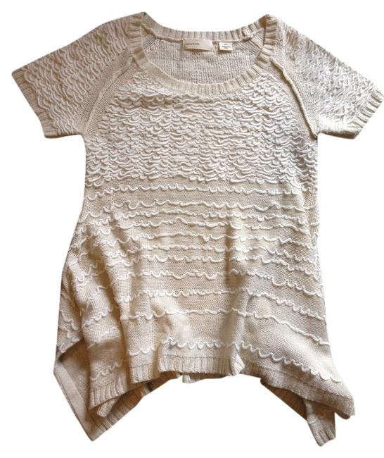 Preload https://item5.tradesy.com/images/anthropologie-cream-sleeping-on-snow-short-sleeve-tunic-sweaterpullover-size-2-xs-10549984-0-1.jpg?width=400&height=650