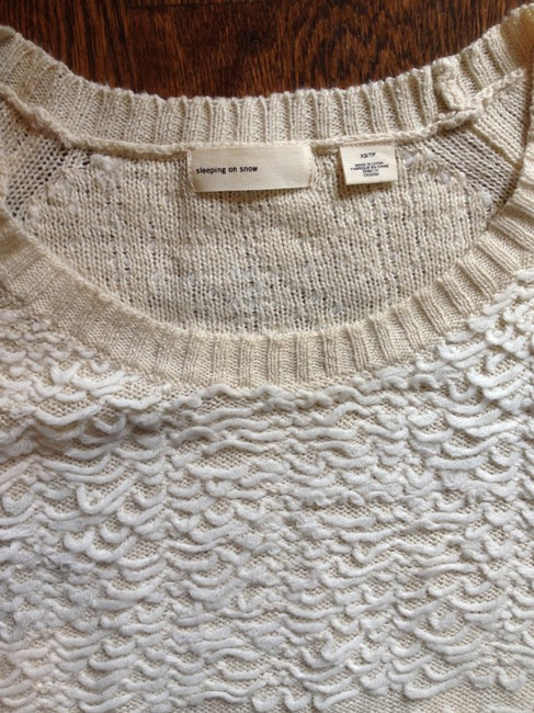 Anthropologie Lightweight Soft Pretty Sweater