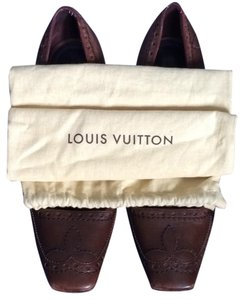 Louis Vuitton Brown Pumps