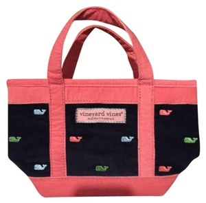 Vineyard Vines Tote in Navy