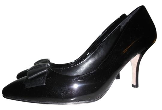 Preload https://item4.tradesy.com/images/white-house-black-market-patent-leather-bow-heel-7-12-m-pumps-size-us-75-regular-m-b-10558888-0-1.jpg?width=440&height=440