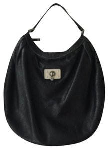 Preload https://item2.tradesy.com/images/marc-jacobs-leather-black-hobo-bag-10559026-0-2.jpg?width=440&height=440