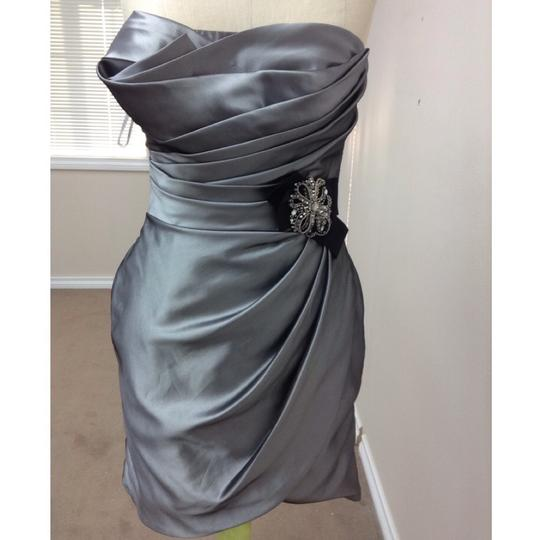 Enzoani Silver Irredescent Taffeta C15 Formal Bridesmaid/Mob Dress Size 8 (M)