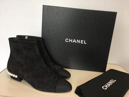 Chanel Pearl Suede Classics Black Boots Image 1