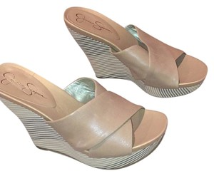 Jessica Simpson Sand striped Wedges