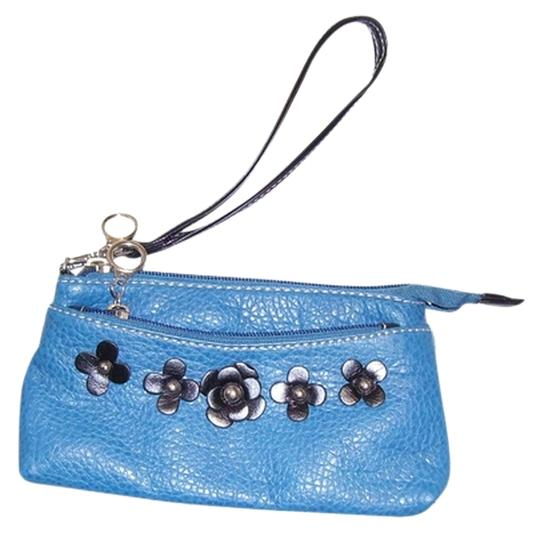 Other bright blue Clutch