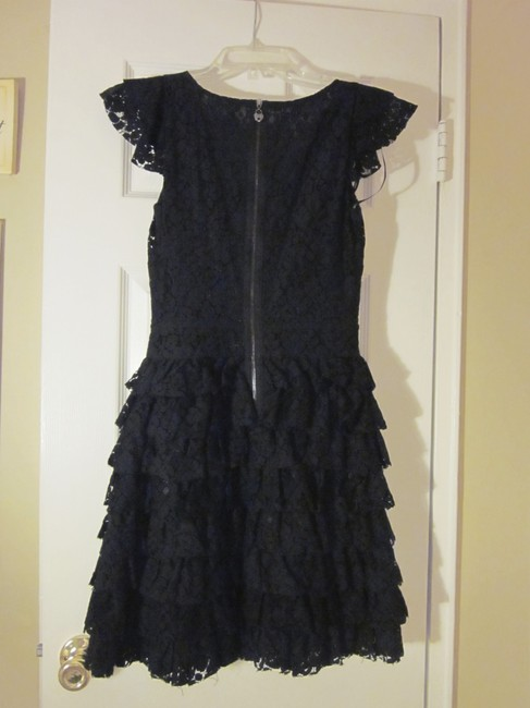 Guess Lace Weddings Birthdays Anniversaries Cap Sleeve Tiered Skirt Ruffles Dress